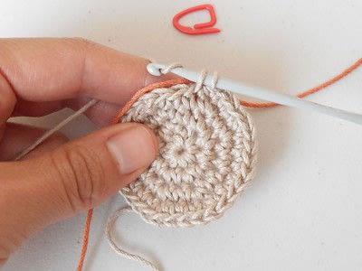 How to make a crochet. Tapestry Crochet Basics - Step 3