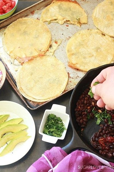How to cook Huevos Rancheros. Huevos Rancheros With Black Bean And Avocado - Step 4