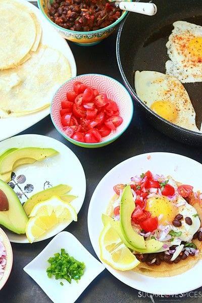 How to cook Huevos Rancheros. Huevos Rancheros With Black Bean And Avocado - Step 5