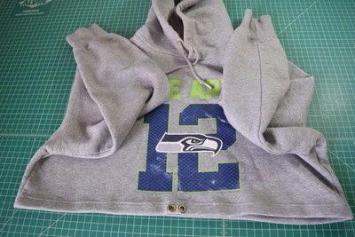 How to make a hoodie. Diy Cropped Hoodie With Drawstring Waist - Step 6