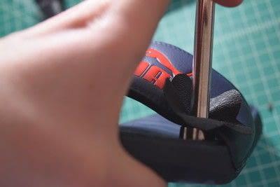 How to embellish a pair of floral shoes. Diy Flower Embellished Slide Sandals - Step 9