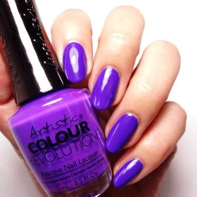 How to paint a marbled nail. Ultra Violet Rays - Step 1