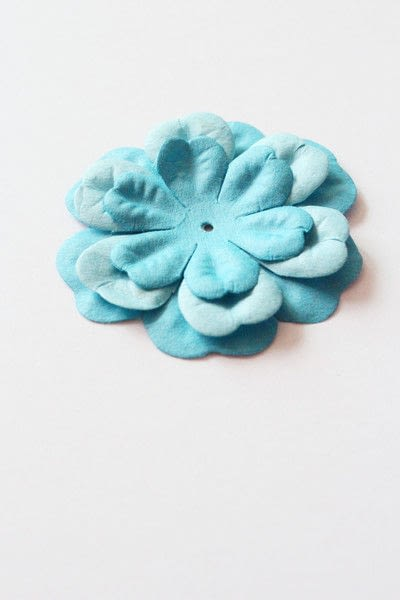 How to make packaging. How To Make A Paper Flower Lollipops Gift Tutorial - Step 4
