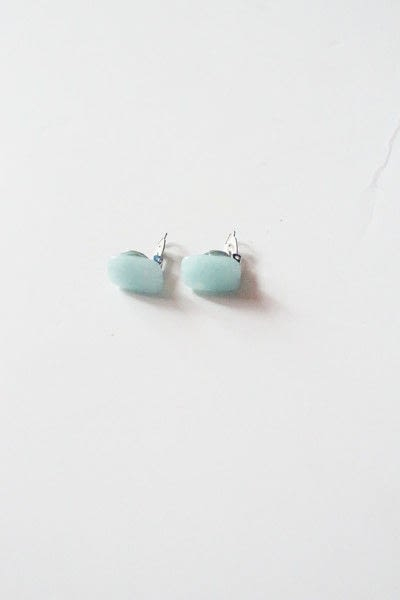 How to make a clip-on earring. Diy Icy Blue Clip On Earrings - Step 4