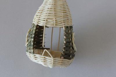 How to make a bird feeder. Bird Feeder - Step 10