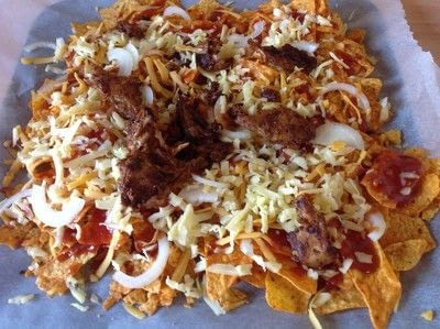 How to cook a bowl of nachos. Pulled Oumph Nachos  - Step 6