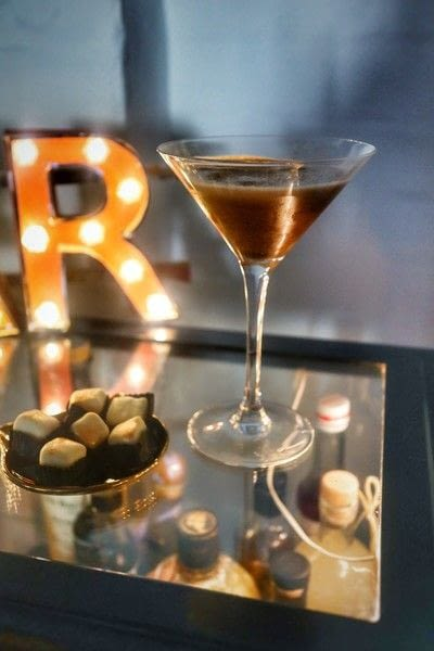 How to mix an Espresso Martini. Turkish Espresso Martini - Step 8