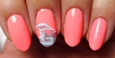 How to paint a nail painting. Glow Get It! - Step 3