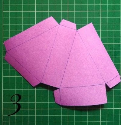How to make a shaped box. Paper Cake Slice Box - Step 3