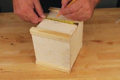 How to make a bird house. Tudor Style Beams Birdhouse - Step 7