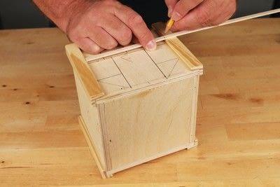 How to make a bird house. Tudor Style Beams Birdhouse - Step 10