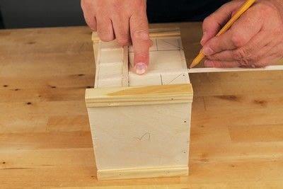 How to make a bird house. Tudor Style Beams Birdhouse - Step 12