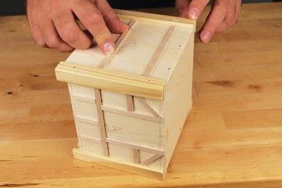 How to make a bird house. Tudor Style Beams Birdhouse - Step 15
