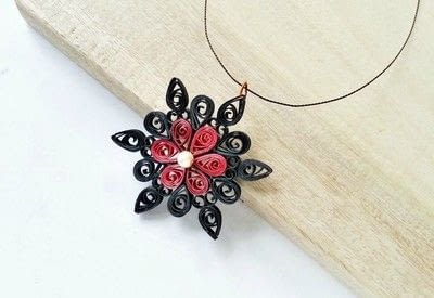 How to make a pendant necklace. Diy Paper Quilling Pendant - Step 8