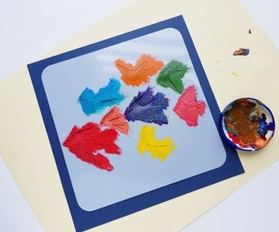 How to paint a stencilled painting. Create Colorful Bird Stencil Art - Step 5