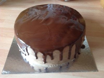 How to bake a cake. White Velvet Cake with chocolate Covering - Step 5