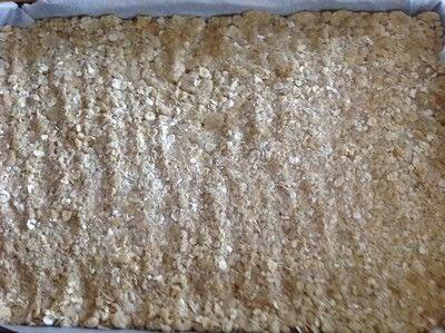 How to bake a bar / slice. Date & Oat Bars - Step 3