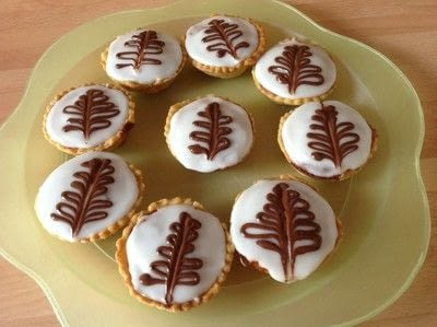 How to bake a pastry. Fern Cakes - Step 10