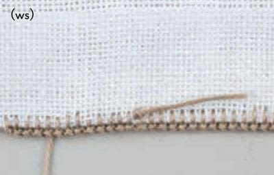 How to stitch . Buttonhole Scallop - Step 1