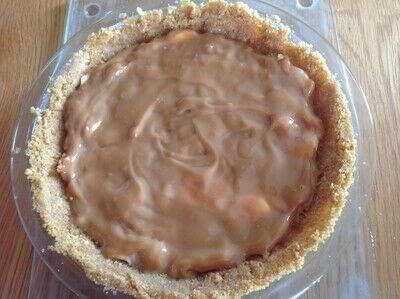 How to bake a banana pie. Banoffee Pie - Step 5