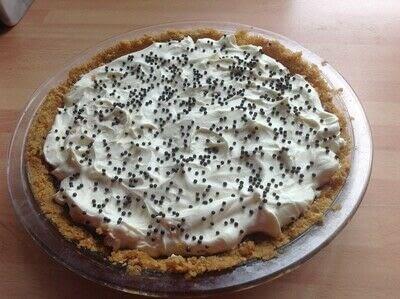 How to bake a banana pie. Banoffee Pie - Step 7