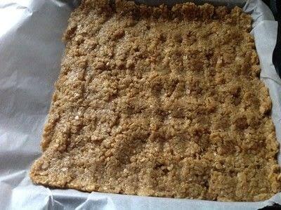 How to bake an oat bar. Oat Bars - Step 3