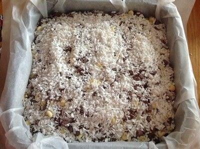 How to bake a bar / slice. Chocolate Dream Bars - Step 3
