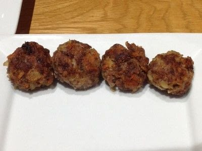 How to cook a meat cake. Romanian Meatballs  - Step 5