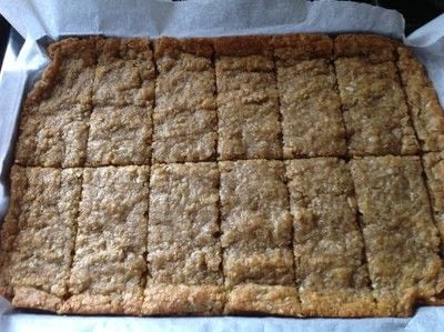 How to bake an oat bar. Anzac Slice - Step 6