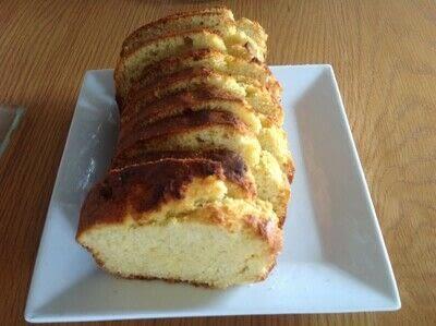 How to bake cornbread. Sour Cream Corn Bread - Step 6