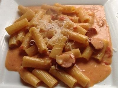 How to cook a sausage dish. Cheesy Sausage & Pasta - Step 4