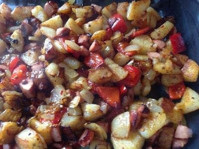 How to cook a sausage dish. Smoked Sausage Hash - Step 4
