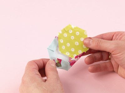 How to sew a patchwork cushion. Hexie Pillow - Step 7