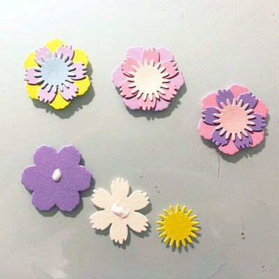 How to make a decoration. Spring Garland With Paper Flowers - Step 5