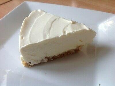 How to bake a cheesecake. Greek Yogurt Cheesecake  - Step 6