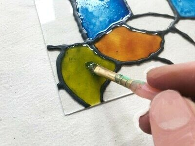How to make a sun catcher. Diy: Stained Glass Craft - Step 3