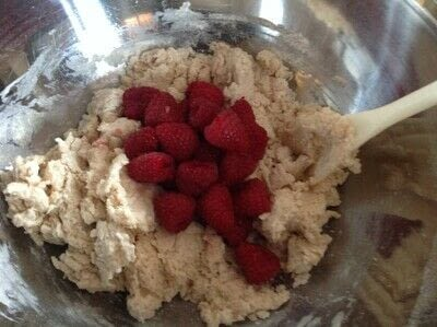 How to bake a muffin. Raspberry Muffins  - Step 4