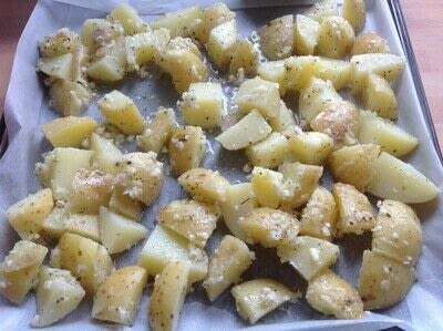 How to cook a potato dish. Garlic Roast Potatoes  - Step 2