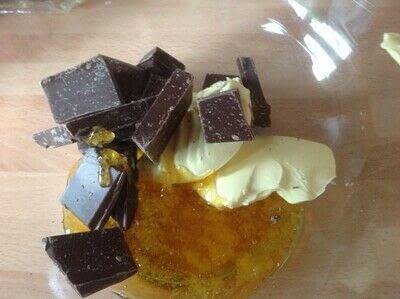 How to bake a bar / slice. Fudge Slice - Step 1