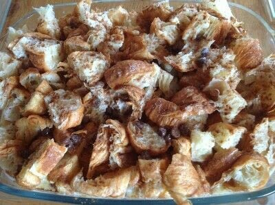 How to bake a bread pudding. Croissant Pudding  - Step 4