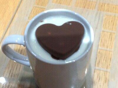How to make a hot chocolate. Hot Chocolate Bombs - Step 5