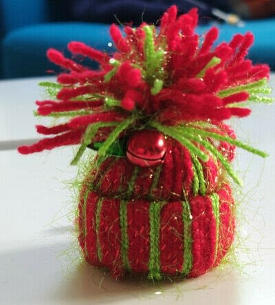 How to make a Christmas tree ornament. Beanie Ornament - Step 20