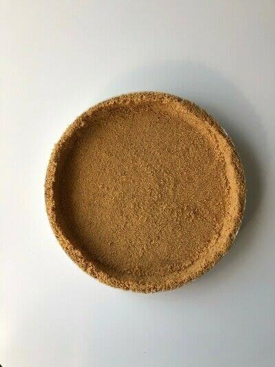 How to bake a banana pie. Banoffee Pie - Step 2