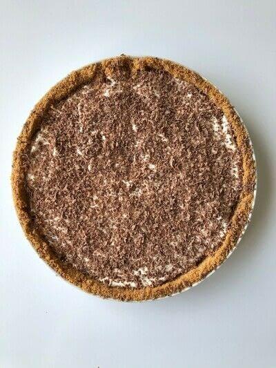 How to bake a banana pie. Banoffee Pie - Step 6