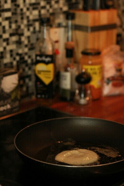 How to cook a pancake. Best Ever Buttermilk Pancakes - Step 4
