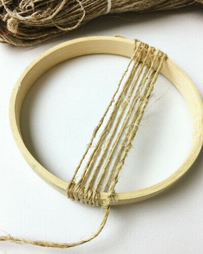 How to make a piece of textile art. Woven Embroidery Hoop - Step 3