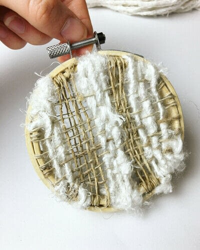 How to make a piece of textile art. Woven Embroidery Hoop - Step 9