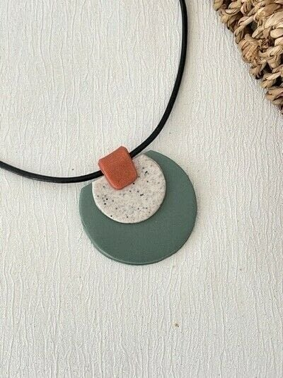 How to sculpt a clay shape necklace. Polymer Clay Pendant Necklace - Step 10