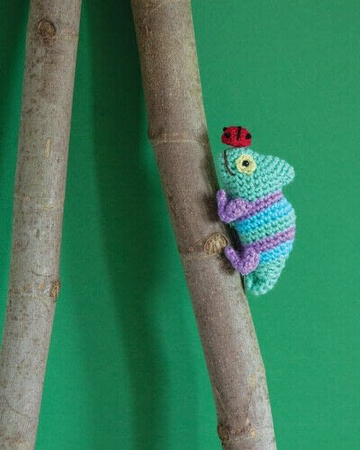 How to make an animal plushie. Crochet Chameleon - Step 3