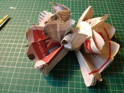 How to make a paper flower. Beautiful Paper Blooms - Step 5